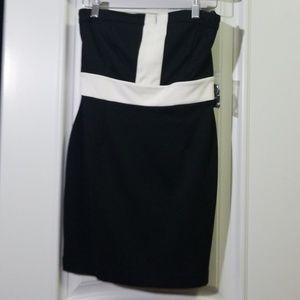 NEW- XXI Black and White Dress